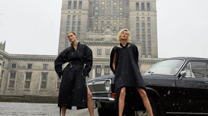 Первый номер VOGUE Poland: черная Волга на фоне соцреализма